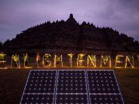 Automobile Dacia se apuca de produs energie solara, Franta aluneca spre periferia zonei euro si Google isi lanseaza primul laptop cu ecran tactil