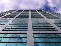 Inventivi nu doar in constructii, ci si la demolarea lor. Metoda japonezilor de pune la pamant zgarie-norii, fara zgomot sau praf
