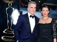 Daniel Day-Lewis anunta ca vrea o pauza, dupa ce a primit al treilea Oscar din cariera