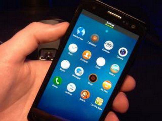 MWC 2013: Concurenta puternica pentru Google si Apple. Tizen, rivalul Android si iOS, a fost lansat la Barcelona