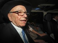 Murdoch vinde actiunile pe care le detine la grupul de televiziune Sky, pentru 500 mil. euro