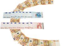 Cursul a coborat la 4,3612 lei/euro