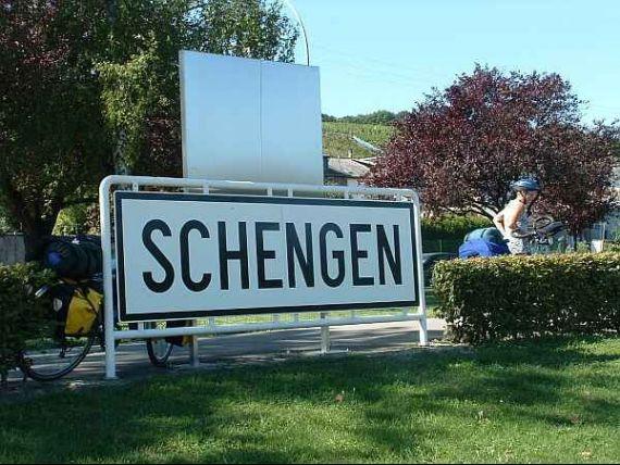 CE considera ca Romania si Bulgaria indeplinesc criteriile pentru Schengen