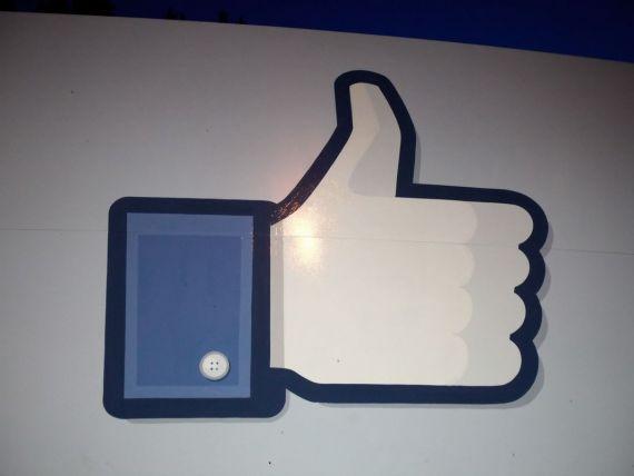 Butonul  Like  de pe Facebook dezvaluie foarte multe informatii despre utilizatori