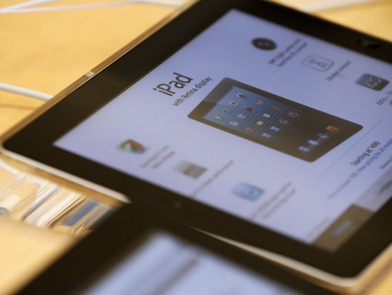 Analisti: IPad pierde teren. Google va depasi Apple pe piata tabletelor