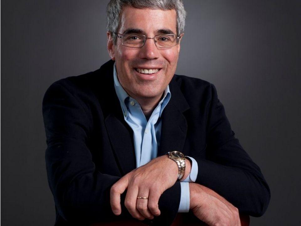 De la Harvard la MIT, via IBM. Cum ajungi antreprenor, dupa 11 ani de viata corporatista. Americanul care ii invata pe romani sa-si promoveze afacerile