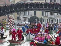 Un celebru oras din Italia introduce taxe pentru a descuraja turismul. Localnicii se plang de aglomeratie: E un asediu pe care nu-l mai putem gestiona