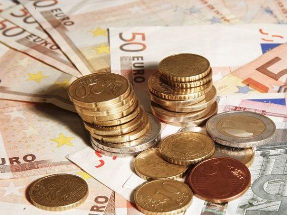 Incertitudinea din Cipru trage leul in jos. Cursul a inchis ziua peste 4,42 lei/euro