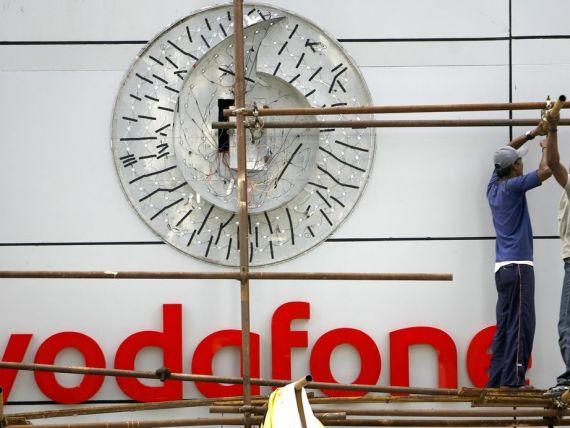 Vodafone ar putea vinde 45% din cel mai mare operator de telefonie mobila din SUA cu 135 miliarde de dolari