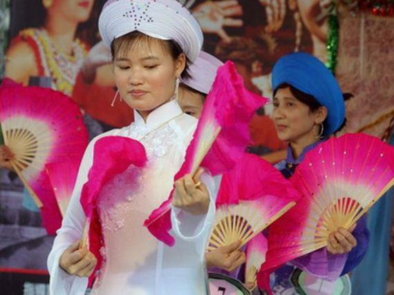 Cum schimba femeile fata Vietnamului. De la victime ale razboiului si saraciei, la miliardarele de astazi