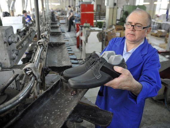 Clujana, candva cea mai mare fabrica de incaltaminte din tara, cauta solutii de supravietuire