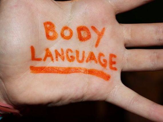 Cum sa te folosesti de limbajul trupului ca sa iti convingi interlocutorii si sa obtii ce vrei la serviciu