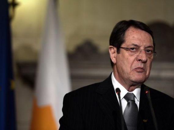 Presedintele Ciprului critica UE pentru ca a facut experimente in tara sa: bdquo;Nu avem nicio intentie sa plecam din zona euro