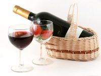 Rosé-ul lansat de Angelina Jolie si Brad Pitt, printre cele mai bune vinuri din 2013