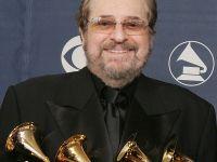 A murit producatorul de muzica Phil Ramone, distins cu 14 premii Grammy si care a introdus sistemul de sunet  surround  in filme