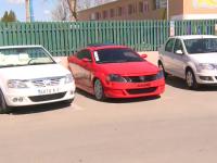 Un service auto din Bucuresti a creat primul Logan Coupe, cu 10.000 euro. Cum arata masina romaneasca cu 2 locuri