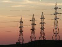Facturile de electricitate s-ar putea reduce cu 5 % din vara. Specialisti: E o masura gresita