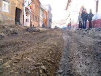 "In satele romanesti fara apa si canalizare, parcurile apar ca ciupercile. Cum s-au risipit 900 mil. euro, in 4 ani. O ancheta ""Romania, te iubesc"""