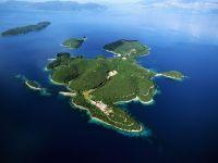 Se vinde insula greceasca Skorpios, evaluata la peste 200 mil. dolari. Madonna, Bill Gates si emirul Qatar-ului au incercat s-o cumpere, dar fara succes