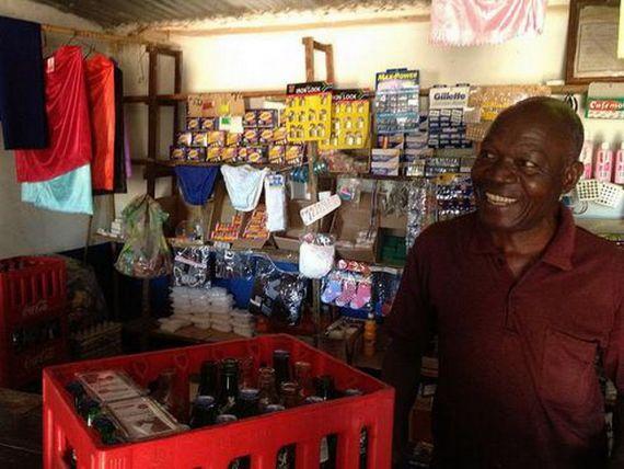 Medicamentele, mai greu de gasit in Africa decat sticlele de Coca-Cola