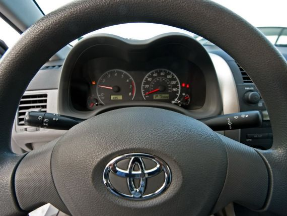 Toyota, Honda si Nissan recheama peste 3 milioane de automobile la nivel mondial. Actiunile Takata s-au prabusit cu 15%
