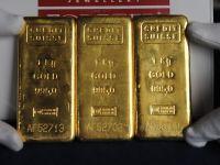 Cotatia aurului isi revine usor dupa cea mai mare scadere incepand din anii '80. Cat au pierdut romanii care au investit