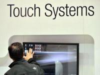 A aparut tehnologia care transforma hartia in touchscreen. Va fi disponibila pe piata in 2014