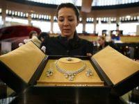 Statul vrea sa reglementeze piata bijuteriilor prin aplicarea unei marci oficiale. 1 din 3 comercianti vinde podoabe false