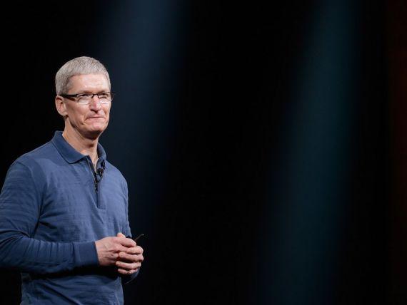 Cat trebuie sa platesti daca vrei sa bei o cafea cu CEO-ul Apple