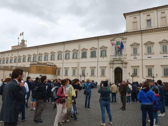 Italia se imprumuta pentru prima oara sub noul guvern, cu dobanzi in scadere puternica