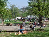 Ce variante au bucurestenii sa se distreze in mini-vacanta de Paste: targuri, picnicuri si plimbari cu vaporasul