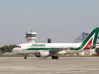 Nouazeci de angajati Alitalia, arestati pentru furturi de bagaje