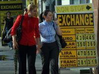 Cursul BNR a scazut la 4,3241 lei/euro