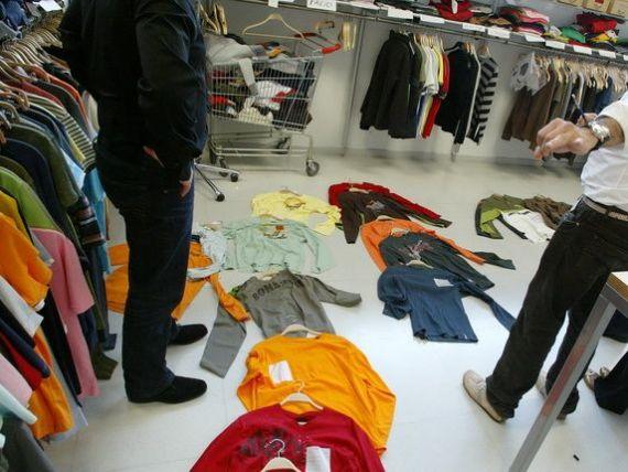 Inditex si H M semneaza un acord crucial. Clean Clothes Campaign: O veste monumentala