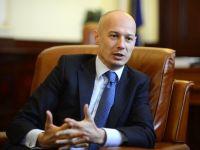 Olteanu, BNR: Plata cu cardul trebuie extinsa, inclusiv in administratia publica, are costuri mai mici