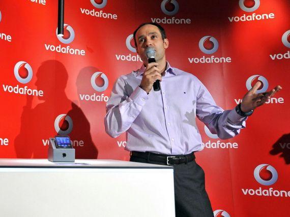 In asteptarea celor 100 miliarde de dolari de la Verizon, actionarii Vodafone vor dividende si preluari
