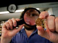 Cinci monede vechi de o mie de ani, descoperite in Australia, vor rescrie istoria tarii