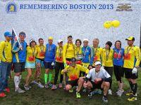 Mii de persoane au alergat ultimii kilometri ai maratonului din Boston