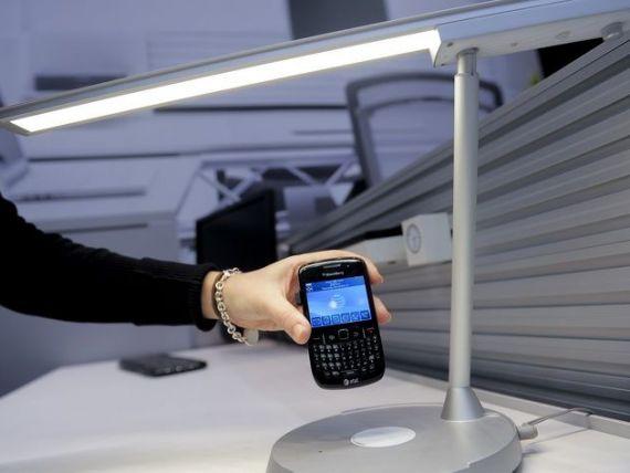 Telefoane incarcate in doar 20 de secunde. Inventia unei adolescente starneste interesul companiilor telecom