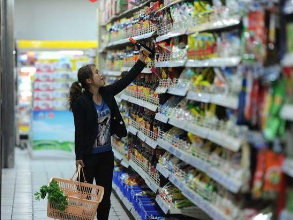 Mai mult de jumatate dintre romani isi fac cumparaturile in magazine de tip discount. Marcile proprii, din ce in ce mai cautate