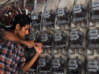 Curent electric cu ratia. Pakistanul ramane in bezna, din cauza temperaturilor peste 50 de grade Celsius