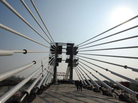 Podul Calafat-Vidin va fi inaugurat in 14 iunie. Taxa de tranzitare va fi de 6 euro