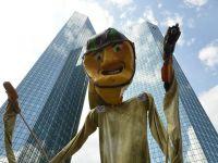 Anticapitalismul ia amploare in UE. Mii de persoane protesteaza la Frankfurt, pentru a doua zi consecutiv, fata de masurile de austeritate din Europa