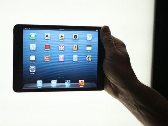 Apple, atacat cu propria inventie. Cum o foloseste Microsoft pe Siri ca sa se razbune pe rivalul sau VIDEO