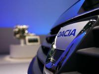 Brandurile auto cu cea mai buna promovare in media. Dacia conduce la numarul de reclame difuzate si articole publicate
