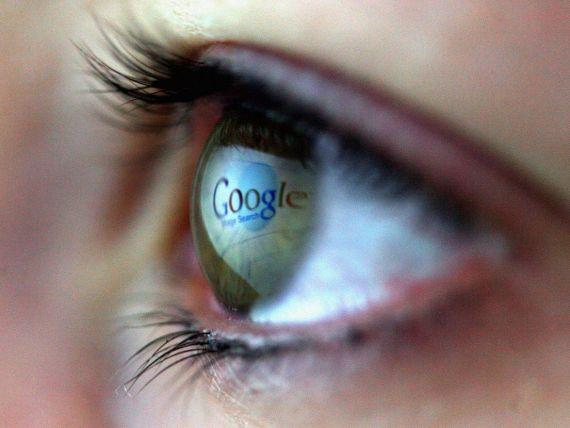 Scandal urias: FBI si NSA au acces la serverele Google, Facebook, Skype si ale altor site-uri.  Ei pot sa iti vada ideile formandu-se pe masura ce le tastezi