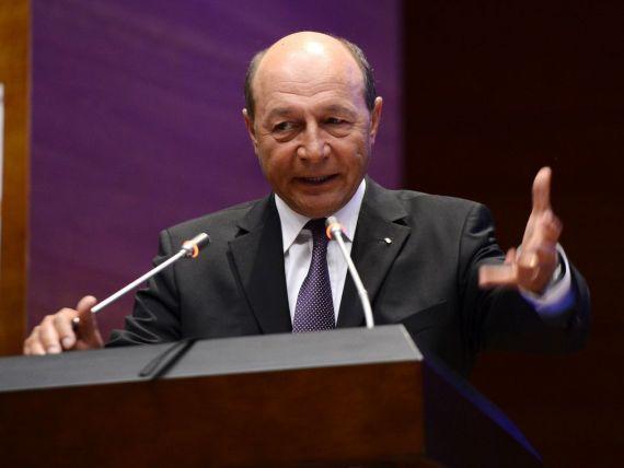 Basescu:  Sistemul de educatie e ineficient, corupt, lipsit de exigenta, cu dascali slab pregatiti
