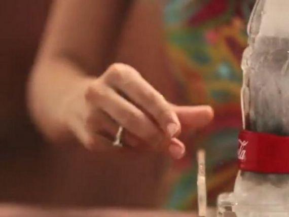 Coca-Cola lanseaza pe piata sticla de gheata