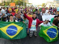 Brazilienii au protestat la Rio impotriva cresterii tarifelor transportului in comun