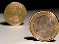 Leul a mai pierdut 2 bani in fata euro. Cursul de referinta publicat de BNR a urcat la 4,4992 lei/euro